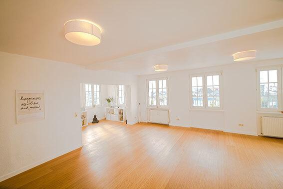 Yogastudio Unity-Training in Köln zentral zwischen Altstadt-Nord und Agnesviertel am Ebertplatz
